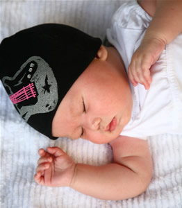 baby-gear-black-hat-pink-strings.jpg
