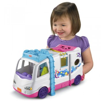 Post image for Fisher Price Loving Family Beach Vacation Mobile Home- Review
